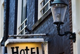 5 ways to snag a quality hotel room for a bargain price