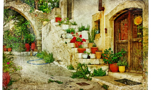 3 tips for getting more from a courtyard garden Smart Tips