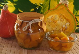 2 preserves: pumpking pickles and sweet corn & pepper relish
