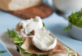 2 healthy dip recipes from Asia and Italy