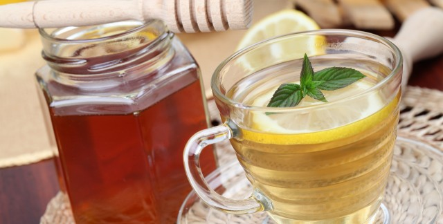 Helpful home remedies for easing sore throat pain