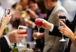 11 simple tricks every wine lover should know