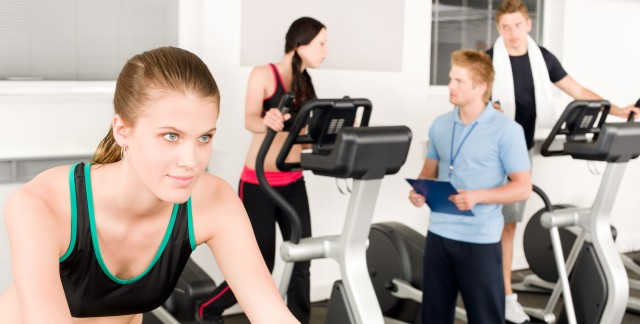 9 smart ways to work out a great deal at the gym