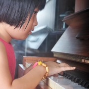 What's the best age to begin music lessons?
