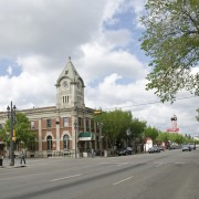 Discover Edmonton's Whyte Avenue in a day
