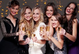 3 striking party looks to try this New Year's Eve