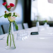A guide to flower ordering for restaurants