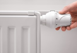 4 steps to bleeding a hot water radiator