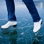 5 skate blade maintenance tips: how often should you sharpen them?