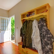 6 easy ways to organize your mud room