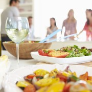 How to plan food and drink for a party
