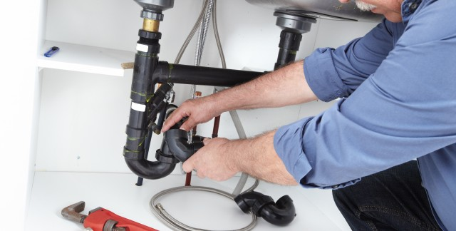 Plumbers' trade secrets to unblocking clogged drains