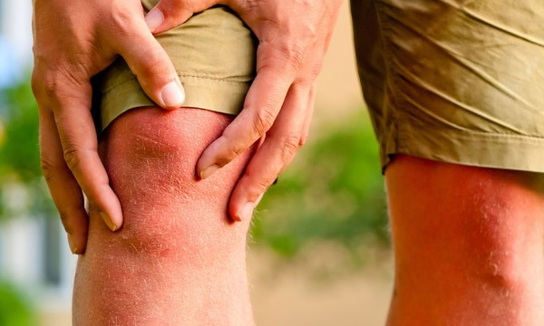 4 ways to naturally relieve arthritis pain