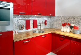 Thermoplastic kitchen cabinets: good choice or best to avoid?