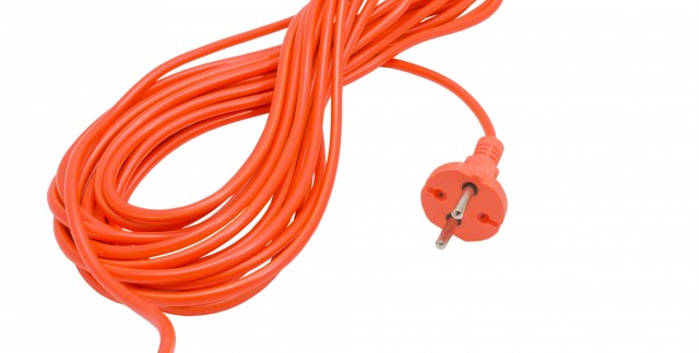 Fixing a damaged two-wire plug: an expert guide