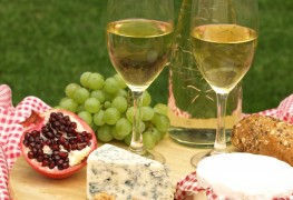 Buying cheese that goes great with wine
