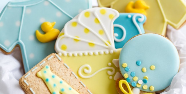 4 tips for throwing a fun surprise baby shower