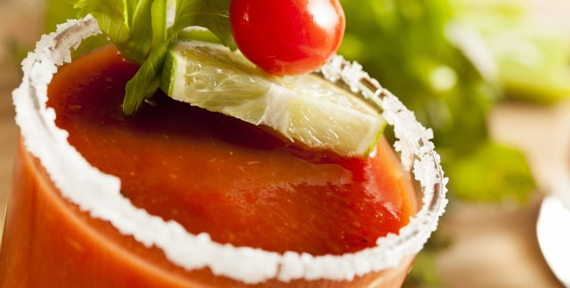 Delicious drink recipes: homemade Bloody Mary and sangria