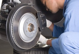 7 signs your car is in need of a brake replacement