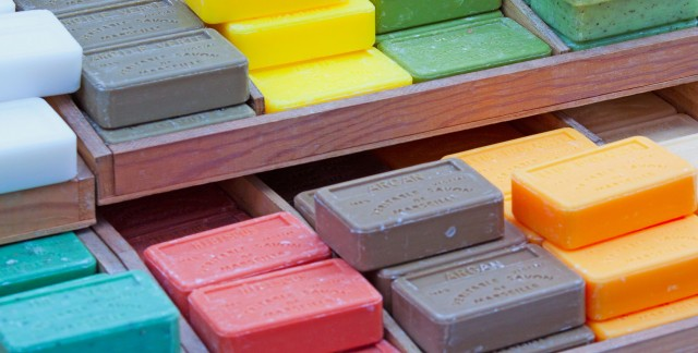 Crafty ideas for making different types of soap