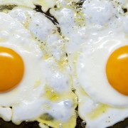 3 facts about eggs and cholesterol