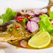How to make fish stock and clarify stocks