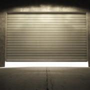 4 tips for repairing loud garage doors