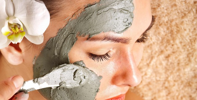 How to deal with oily skin