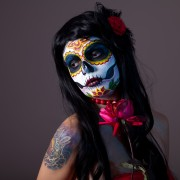 5 creative ways to throw the best costume party this Halloween