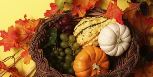 4 ideas for making a Thanksgiving flower arrangement