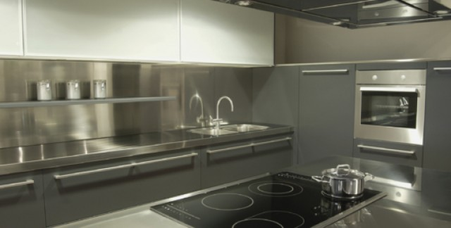 7 reasons to get stainless steel kitchen countertops