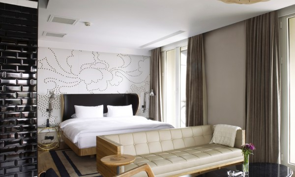 What Is The Difference Between A Hotel Room And Suite
