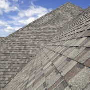 Expert tips for choosing the right type of roof
