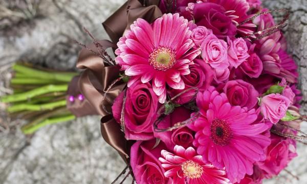 DIY instructions for a Gerbera daisy wedding bouquet   Smart Tips