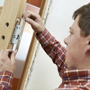 What you need to know about starting a locksmith business