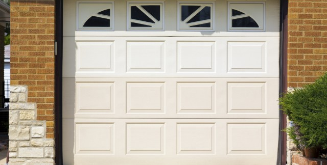 4 common garage doors for your garage door opening