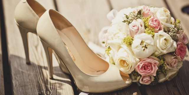 5 things to consider before buying your wedding shoes