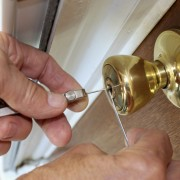 3 things you need to become a locksmith