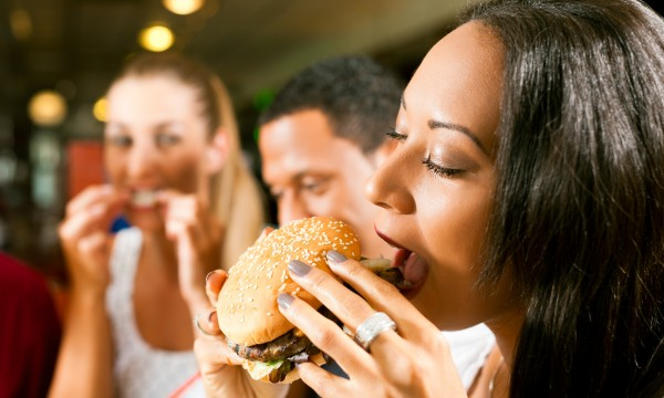 How to safeguard against restaurant temptations