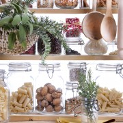 6 must-ask questions before you buy a kitchen pantry