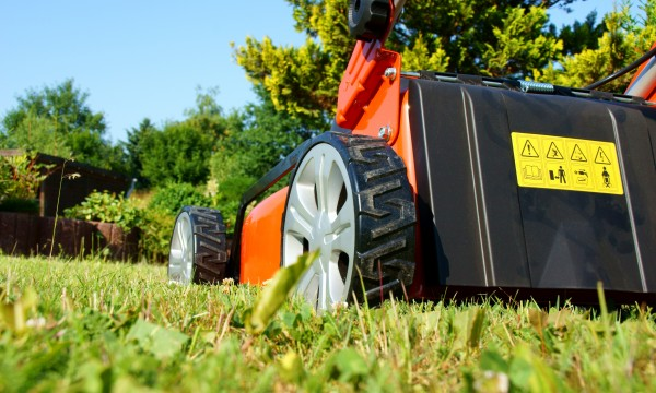 DIY: lawn mower tune-up - Smart Tips