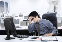 Diabetics: 3 easy ways to de-stress at the office