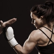 Muay Thai workouts: fitness benefits for women