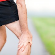 How is osteoarthritis diagnosed?