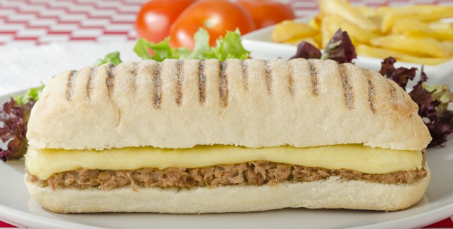 5 tips for setting up a panini bar at your party