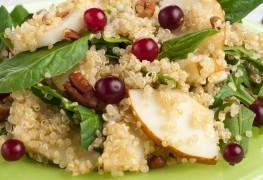 Savoury honey-glazed walnut and pear salad