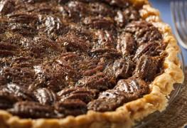 2 popular pie recipes: pecan and custard