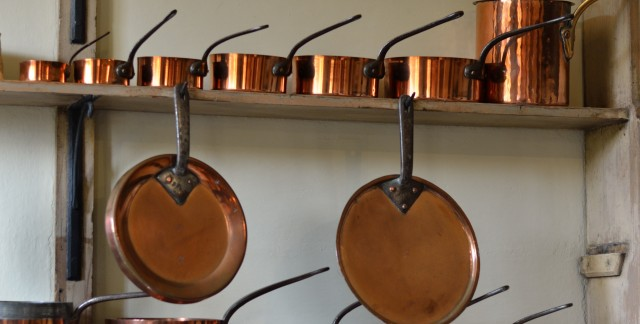 Natural care solutions for pots and pans