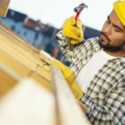 A guide to contractors and roofing insurance