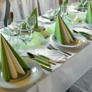 Set your table with elegance and wow your guests